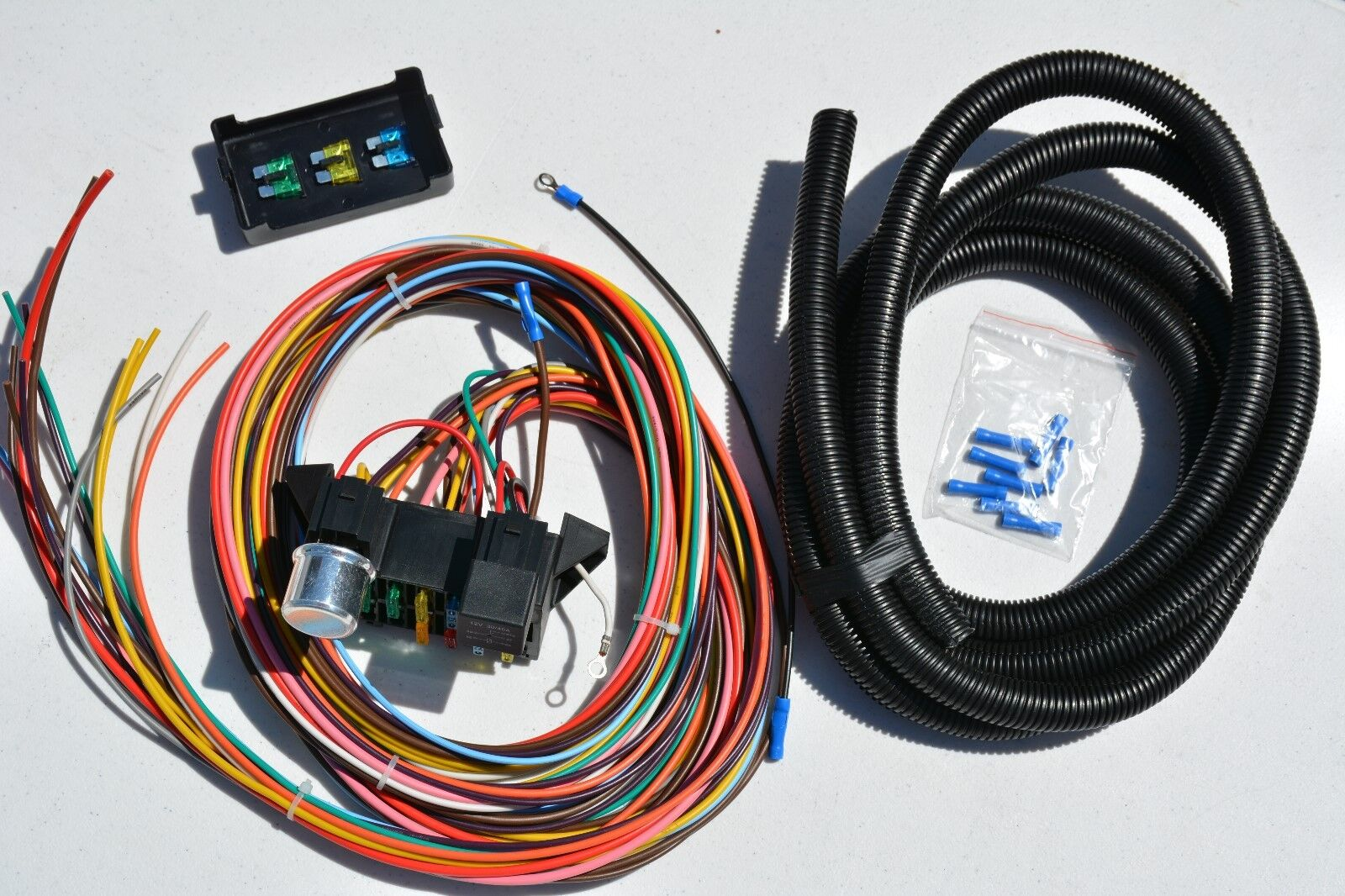 keep it clean 12 circuit basic wire harness fuse box street hot rat rh picclick com keep it clean wiring harness 23025 Painless Wiring