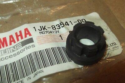 <em>YAMAHA</em> SR500  SRX600  XS400  GENUINE NOS METER DAMPER    1JK 83541 00