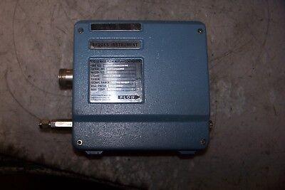 Brooks Instruments 5881-r Liquid Mass Flow Meter 60 Grh 1450 Psig N-heptane
