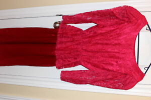 Satin and Lace dress with detachable bow