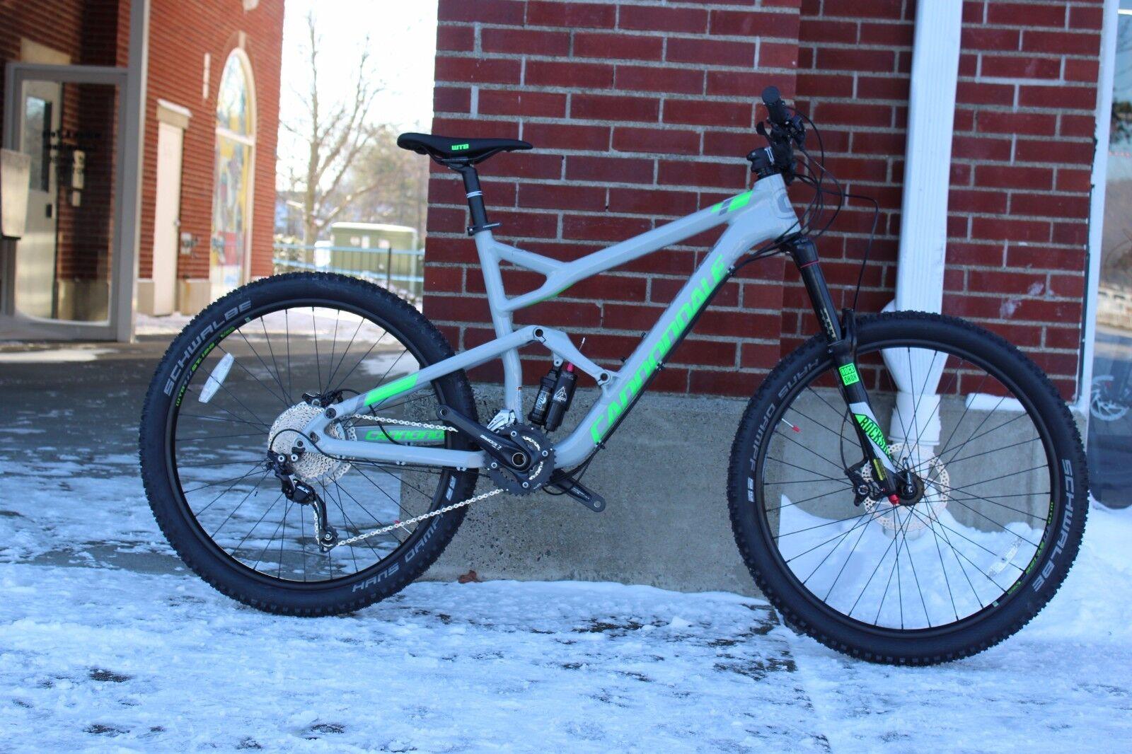 "2016 Cannondale Jekyll 4 27.5"" Mountain Bike Medium"