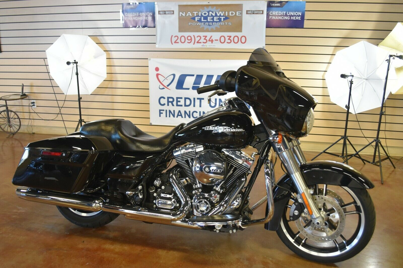2016 Harley Davidson Street Glide FLHX 103 Touring 8k Miles Clean NO RESERVE