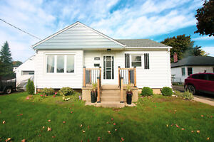 **BEAUTIFUL NORTH END** 2 + 1 Bedroom Home!!