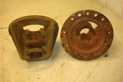 1966 Oliver 1550 Gas Tractor 9 Bolt Rear Hubs