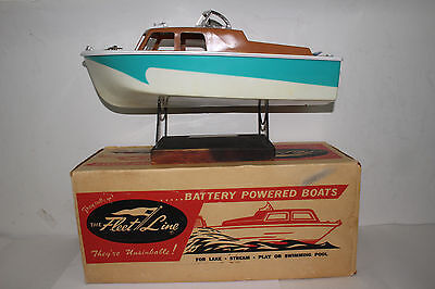 1960's Fleetline Cavalier Battery Operated Boat with  Original Box #2