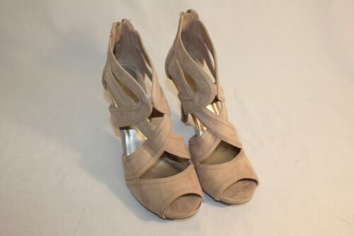 Christian Siriano Beige Open Toe Cut Out Heels Shoes Size 7.5M