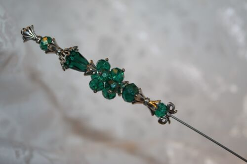 "}{ 9"" Sparkling Peacock Crystal Glass Hat pin }{ Long Sturdy Rare Hatpin HP2321"