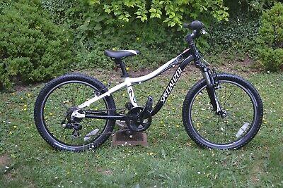 """Specialised Hotrock 20"""" Wheel Boys Mountain bike"""