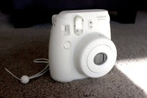 Fujifilm Instax Mini 8 Camera Polaroid (WHITE)