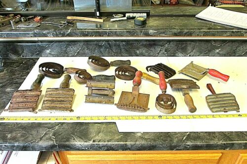 13  OLD & VINTAGE FARM & RANCH CURRY HORSE LIVESTOCK COMB TOOL