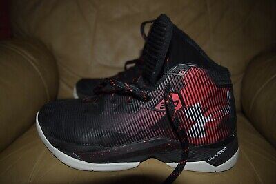 Steph Curry Under Armour Charged Basketball Shoes: Size 7.5