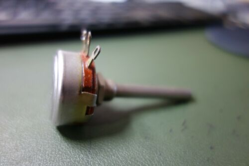 "1 Ea Allen Bradley 1 Meg 2W Type J Pot Potentiometer Used 1 5/8"" Shaft"