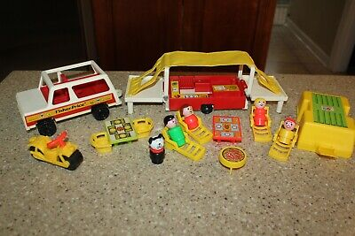 Vintage Fisher Price Little People Family Car & Pop-Up Camper  Set #992