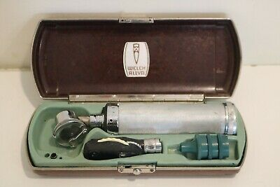 Vintage Welch Allyn Opthalmoscope Otoscope Bakelite Case