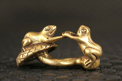 Rare chinese old bronze hand cast frog statue collectable Tea Pet Art