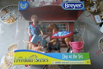 BREYER DAY AT THE VET - HORSE/DOG/CAT LITTLE GIRL ETC - MINT/BOXED - L@@K!!