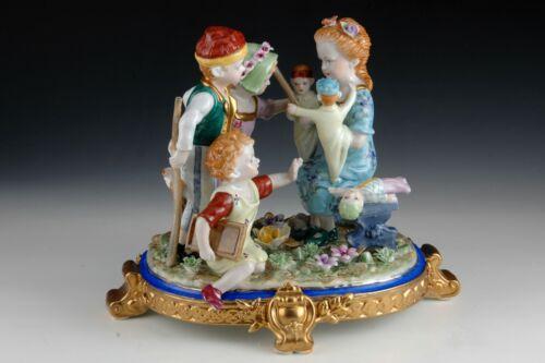 Porcelain figurine or centerpiece