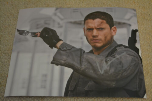 WENTWORTH MILLER  signed Autogramm 20x25 In Person RESIDENT EVIL
