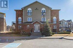 #8 -51 FERNDALE DR S Barrie, Ontario