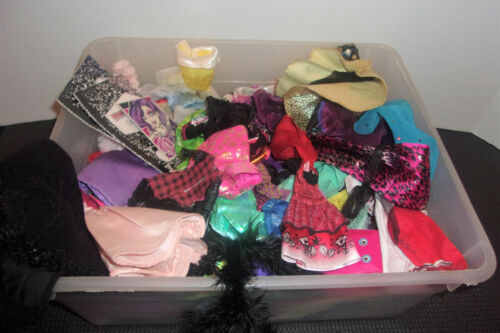Monster High & Barbie Doll CLOTHES & ACCESSORIES ETC LOT Misc Items in Tote