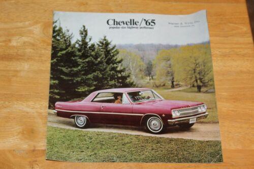 1965 CHEVROLET CHEVELLE DEALER SALES BROCHURE