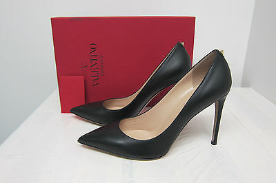 Valentino Rockstud Leather Simple Pump, Black Size - 40 Black Leather Simple Pumps