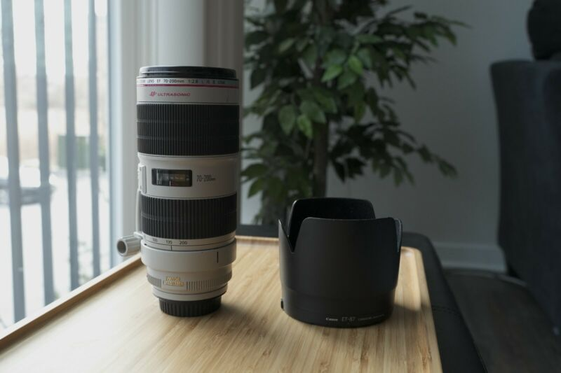 Canon EF 70-200mm f/2.8L II IS USM Lens (Mint)