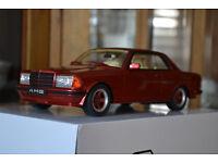 Mercedes-Benz E-Klasse W123 Coupe Rot 500 CE 1975-1986 Nr 641 1//18 Otto Modell..