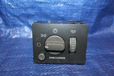 1999-2002 GMC, Chevy, Suburban, Tahoe Head Light Switch P/N 15755595.   00 01