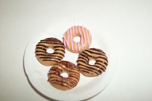Dollhouse Miniature Donuts / Dessert Barbie Doll Food 849