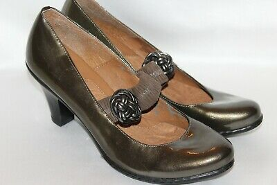 Green Patent Mary Jane - EUROSOFT by SOFFT Olive Green Patent Leather Mary Jane Comfort Pumps Heels Sz 11