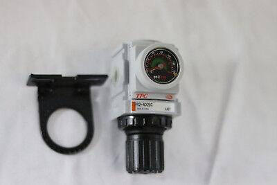Tpcpneumatics 14 Compressed Air Regulator With Integral Pressure Gaugebracket