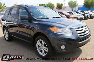 2012 Hyundai Santa Fe GL 3.5 Leather, Navigation & Back Up Ca...