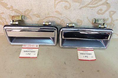 PAIR NOS OEM MITSUBISHI DODGE GALANT SIGMA E15A REAR DOOR HANDLES # MB517993/4