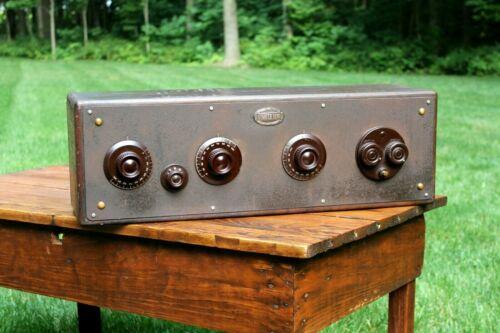 Antique Atwater Kent Model 20 Big Wood Box Radio Tube Receiver Display Decor