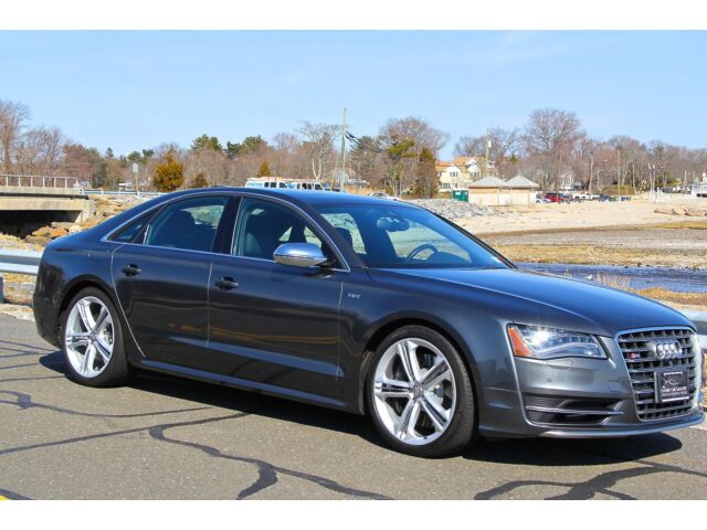 Image 1 of Audi: S8 4dr Sdn Gray