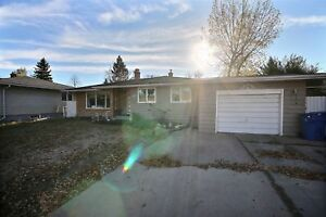 5 bedroom home for sale in Regina, 2113 Grant Road