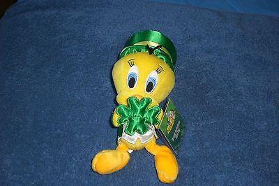 Warner Brothers St. Patricks 9 Inch TWEETY BIRD LEPRECHAUN Bean Bag Plush NEW
