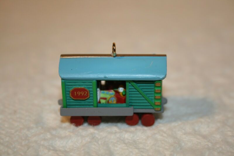 Christmas Hallmark Miniature Ornament Noel RR Series #4 Box Car 1992