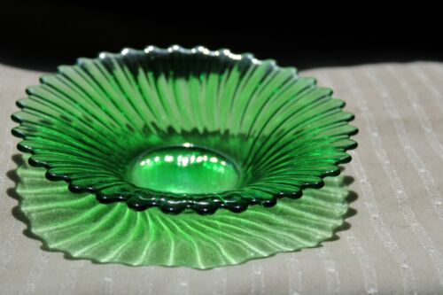 """~Small Vintage Green Glass Bowl/ Dish/ 7"""" Ribbed With Scalloped Rim"""