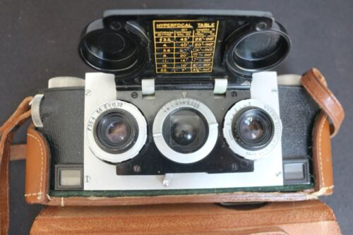 Vintage STEREO Realistic Camera with Leather Case
