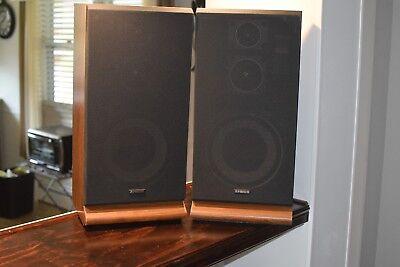 (Fisher Speakers System Model - STV-410  Pair (2) 3 Way 60 Watt Floor Speakers)