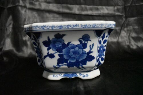 Chinese Octagonal Porcelain Planter Blue & White Flowers