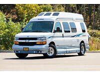 2005 Roadtrek 190-Versatile 20' Chevy 3500 Class B Van 100,000 Miles