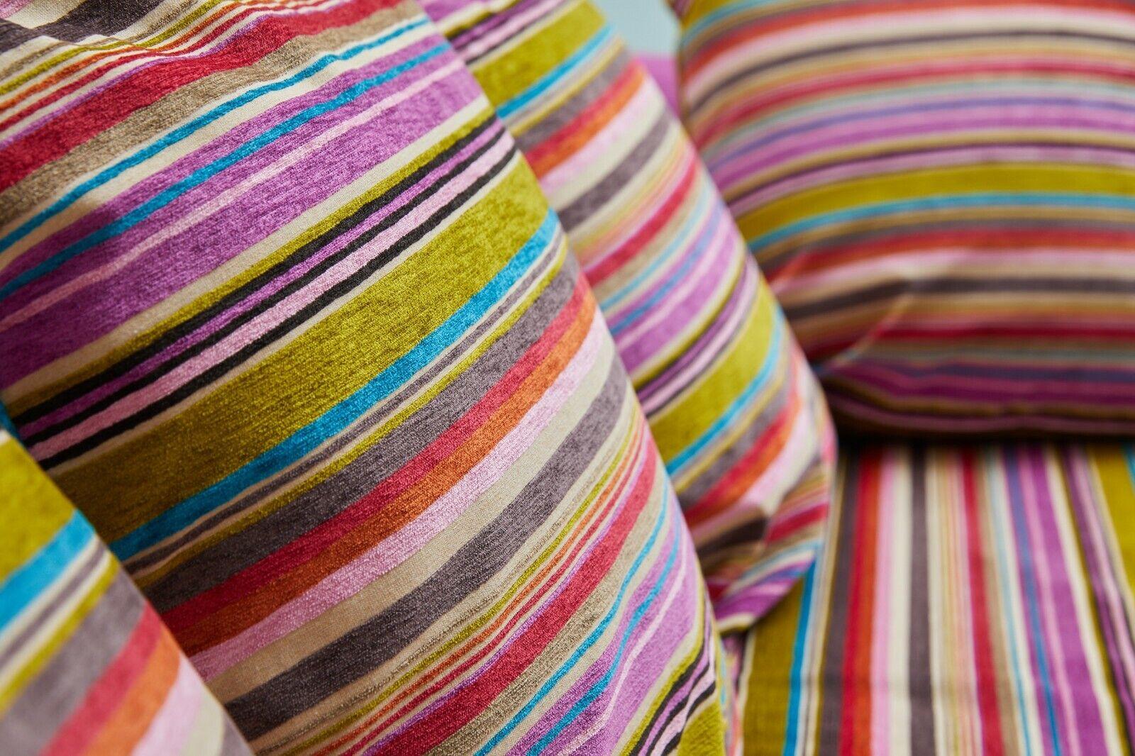 Canapé lit 4-5 places designers guild fabrication fr très bon état