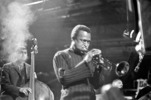 "Reproduction ""Miles Davis"" Poster, Jazz, Wall Art, Vintage Print, Size: A2"