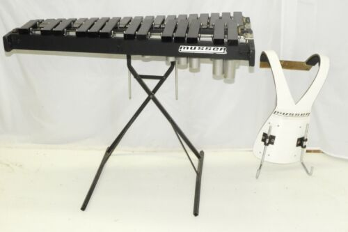 Musser M67 Marching Kelon Xylophone C-G with Harness and Stand