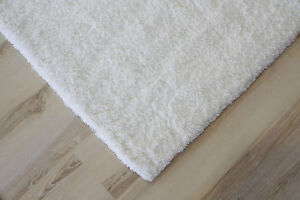 Tapis poil long souple poils longs shaggy 661 blanc 80x150 for Fenetre 80x150
