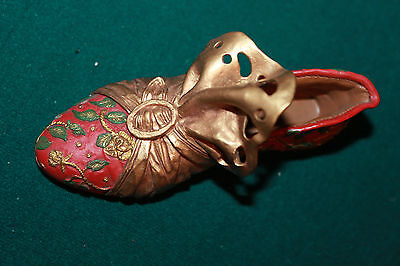 """Just The Right Shoe """"Aladdin's Delight"""" 1999 Item #25028 red gold NICE"""