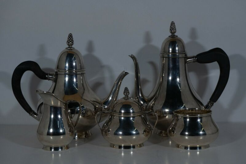 Tiffany & Co. sterling tea and coffee set. 5pc. GRAPE PATTERN